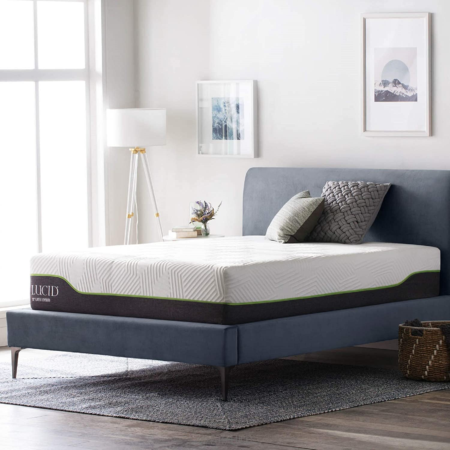 10 Best Matresses for Back Pain Relief. LUCID Latex-Hybrid Mattress Photo.