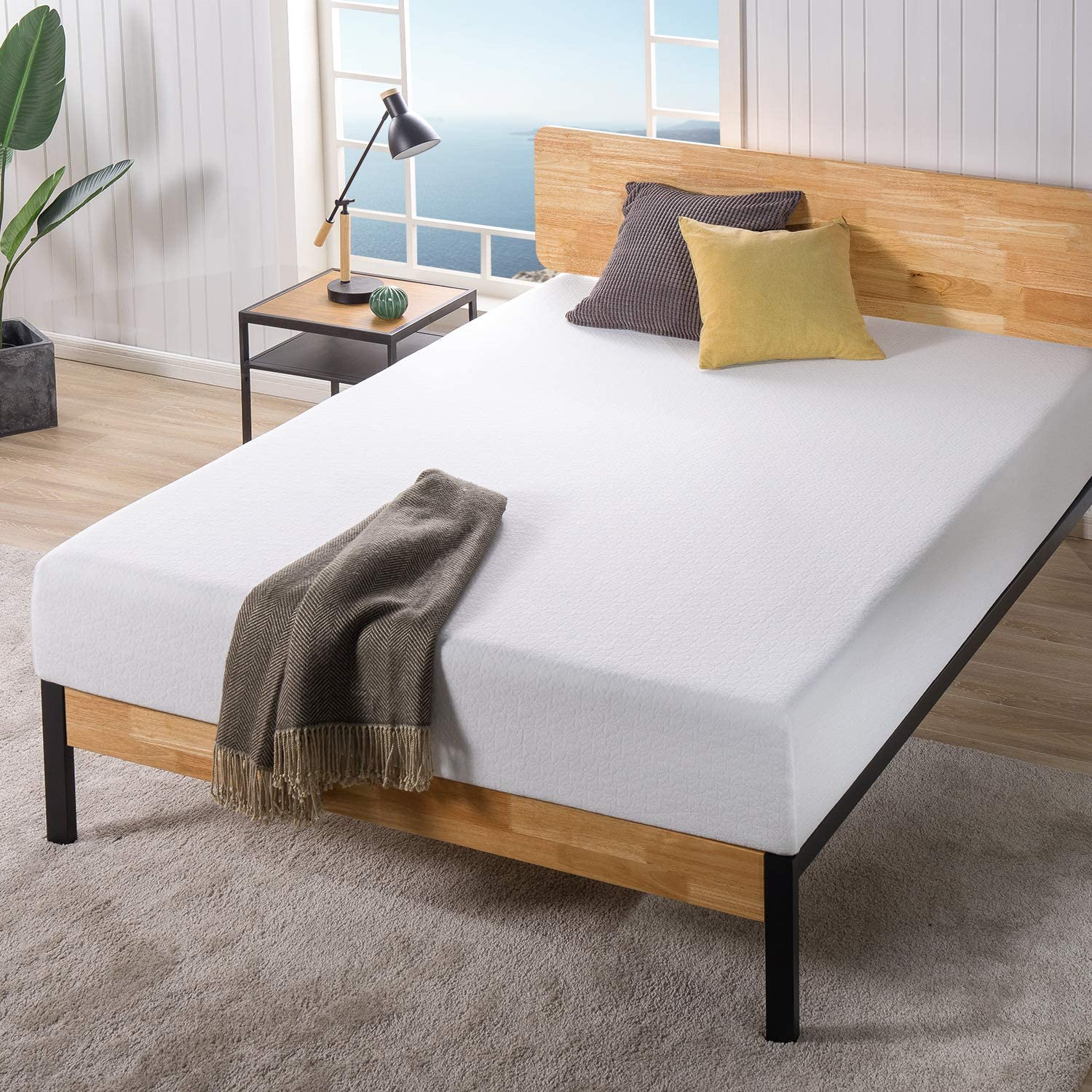 10 best mattresses for back pain relief in 2021. Zinus Ultima Memory Foam Mattress photo.